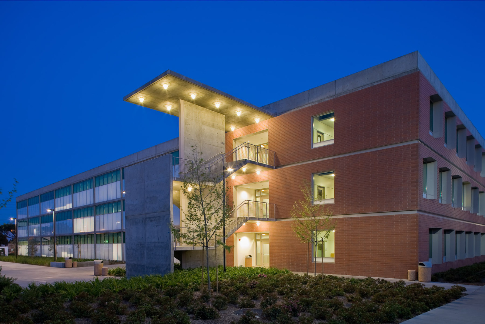 El Camino College >> Summer Sessions Available At El Camino College Kenbrownecc